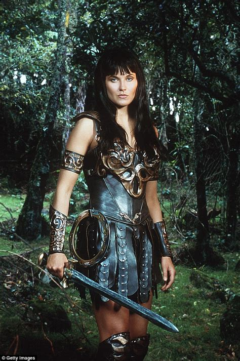 zena the warrior princess hairstyles lucy lawless chops off her iconic warrior princess hair as