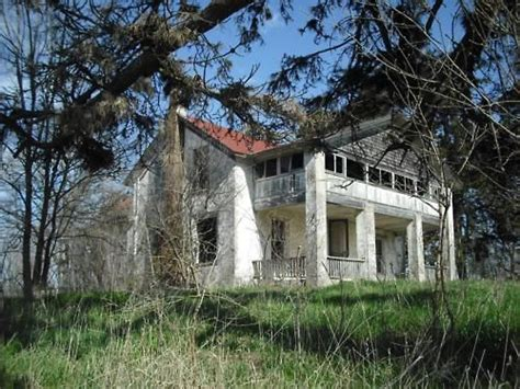 farm to kansas city abandoned farm in baldwin city kansas kansas