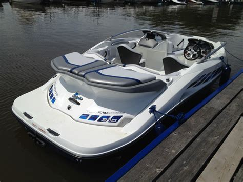 sea doo speedster boats for sale uk seadoo speedster 200 370 hp supercharged blue 2005 for