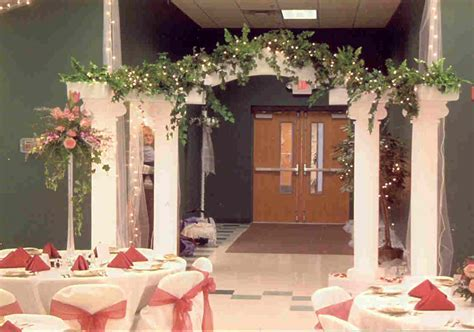 Wedding Arch Decorating Tips