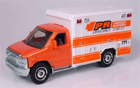 Matchbox 2009 Ford E 350 Ambulance mb771 ford e 350 ambulance 2009 el garaje matchbox