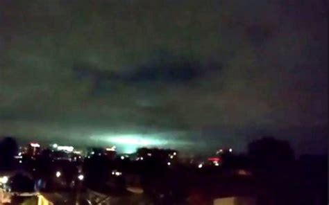 bright light in sky last 8 1 earthquake strikes mexico produces mysterious bright