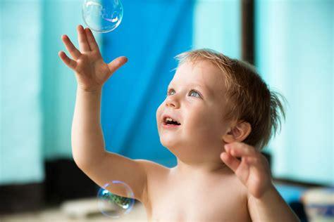 giochi da fare in casa con i bambini 101 giochi divertenti da fare con i bambini sitly