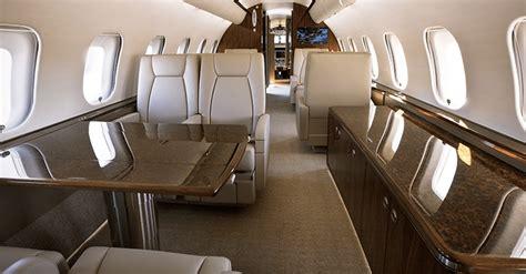 designer lederstühle esszimmer bombardier global 5000 heavy jet charter