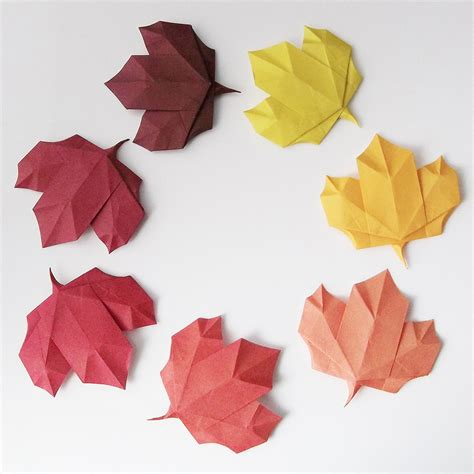Leaves Origami - this week in origami japanese white eye edition