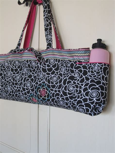 pattern for yoga mat tote reversible yoga mat bag yoga totes pinterest bags