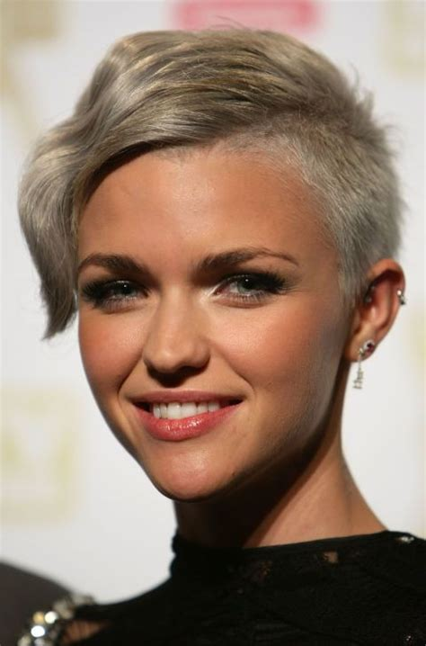 ruby rose hairstyles 1000 ideas about ruby rose hair on pinterest ruby rose