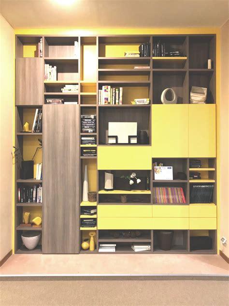 libreria biblioteca libreria biblioteca olmo cenere e giallo sole