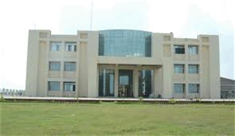 Bhavans College Mba by Vidya Bhavan College For Engineering Technology Kanpur