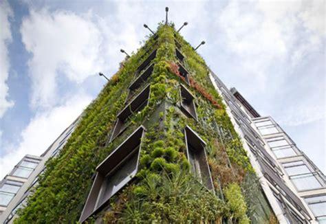 hotel athanaeum blanc vertical garden