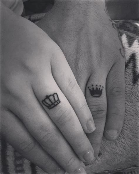 queen tattoo on ring finger 78 wedding ring tattoos done to symbolize your love