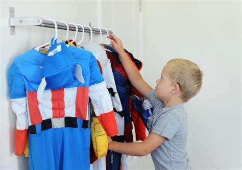 Costume Racks by 17 Best Images About Kid Rooms On Vinyls