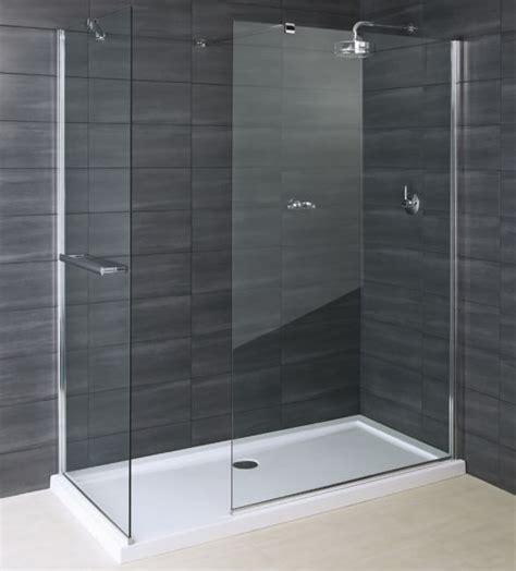 glass bathroom panels glazen inloopdouche badkamer inspiratie inloopdouche