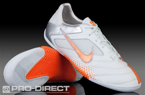 Sepatu O C Seri 01 1 cari sepatu nike 5 elastico pro