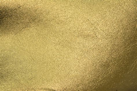 gold wallpaper metallic uk shiny gold background 183 download free awesome backgrounds
