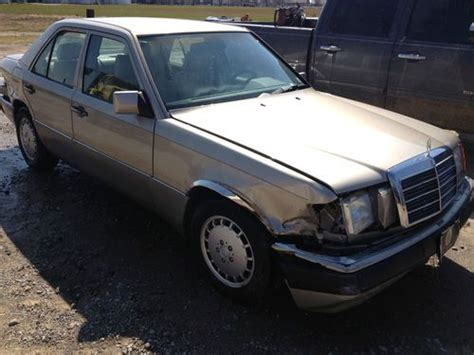 auto body repair training 1993 mercedes benz 300e navigation system find used 1993 mercedes benz 300se base sedan 4 door 3 2l s600 decal on the back in chicago