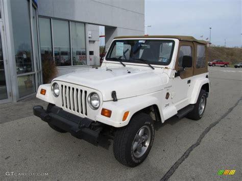 1998 jeep white white 1998 jeep wrangler 4x4 exterior photo