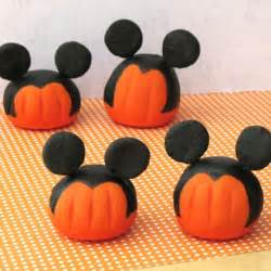 Paint Ideas For Kitchen Mickey S Pumpkin Patch Disney Family