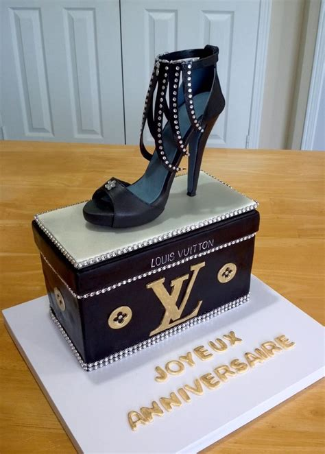 The Top Five Bag Cakes Beacuse Theyre And by 354 Best Images About Purse And Shoe Cakes On
