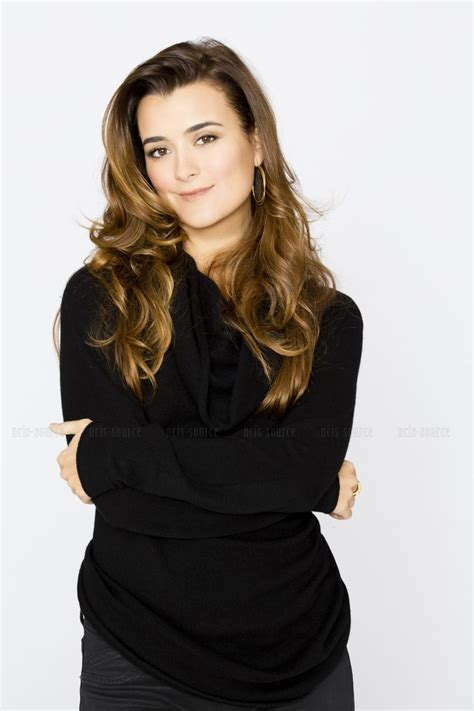 cote de pablo hair color hair colar and cut style