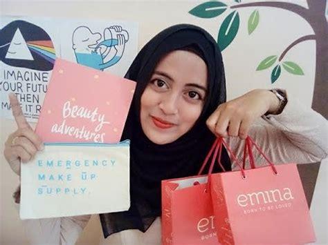 Emina Cc Cake By Laila Cosmetics emina cosmetics produk indonesia impression