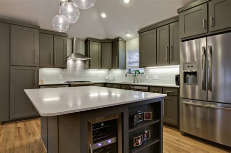 crown moulding ideas for kitchen cabinets mossridge contemporary kitchen dallas by new leaf custom homes