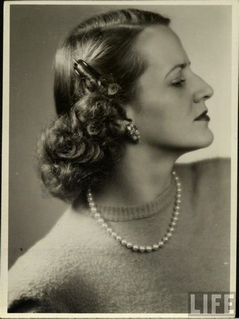 everyday retro hairstyles 91 best 1940 hair images on pinterest 1940s hairstyles