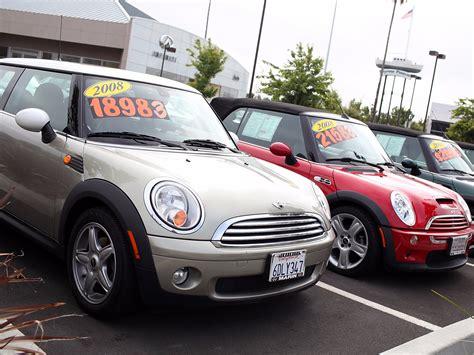 santander  prime auto loans business insider