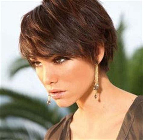 Coupe de cheveux femme court   ma coiffurefemme.fr