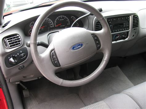2003 Ford F150 Interior by 2003 Ford F 150 Pictures Cargurus