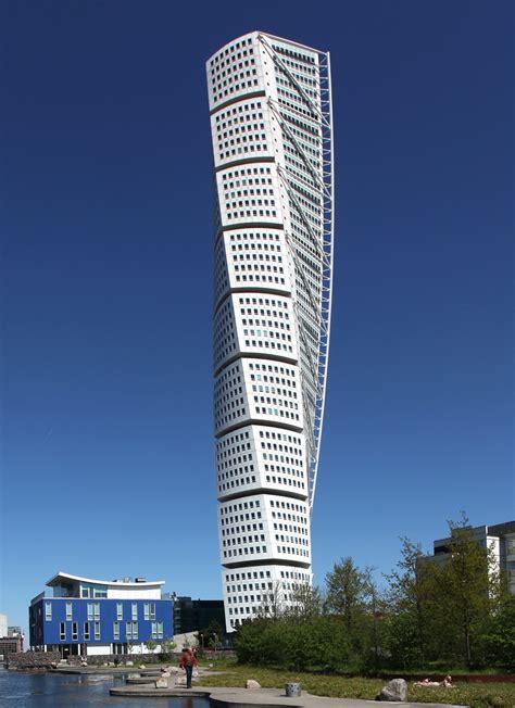 santiago calatrava turning torso tower malmo sweden santiago calatrava s turning torso wins ctbuh s 10 year