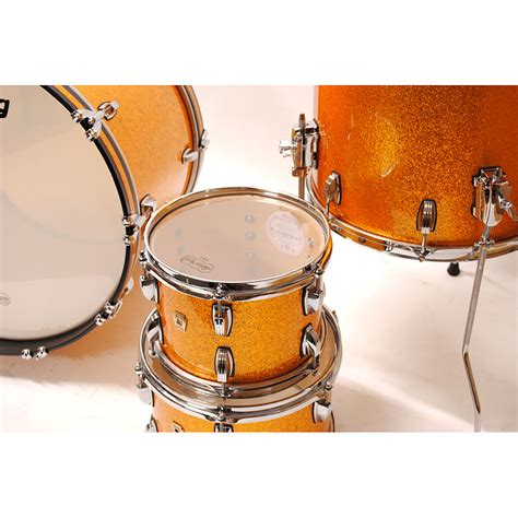gold drum ludwig classic maple 22 quot gold sparkle 171 drum kit