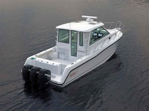 boat brands similar to boston whaler research 2014 boston whaler boats 345 conquest
