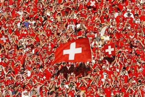 schweizer fussballfans trotzen der terrorangst news