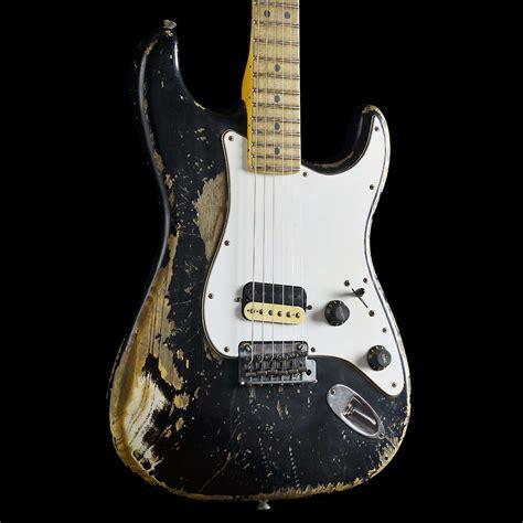 Garage Rock Guitar Tone by Fender Builder Select Garage Mod Stratocaster Heavy Relic