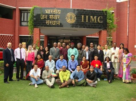 Mba In Journalism In India by Top Mba Colleges In India For Communication Journalism