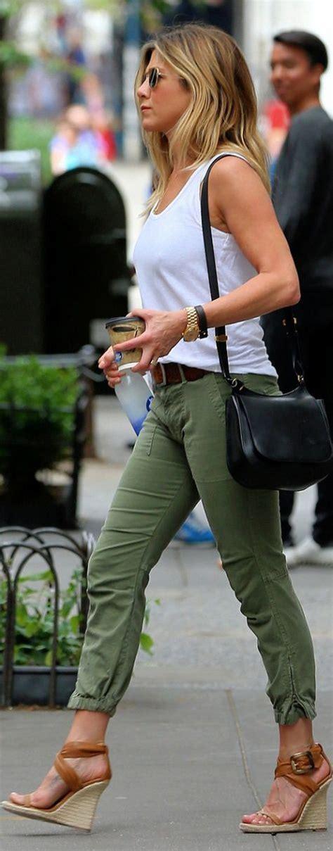 jennifer aniston sunglasses oliver peoples purse