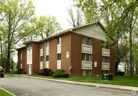 Oakwood Garden Apartments by Colonial Apartments Rentals Elyria Oh Apartments