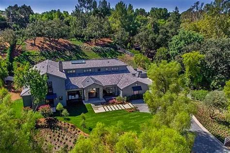 kris jenner s house kris jenner buys hidden hills mansion across from kim and