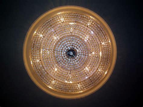 file fancy ceiling light jpg wikimedia commons