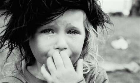 imagenes de niños tristes con frases im 225 genes de 241 i 241 os tristes im 225 genes y frases tristes