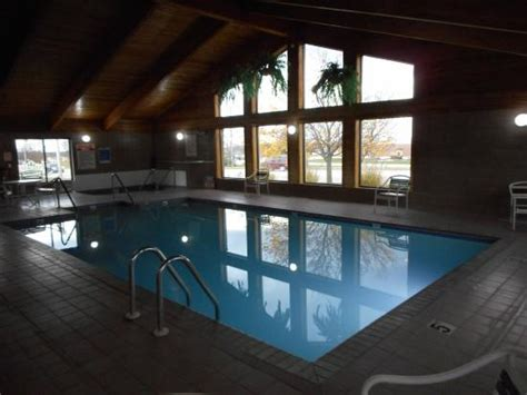 americinn plymouth wi indoor pool picture of americinn plymouth plymouth