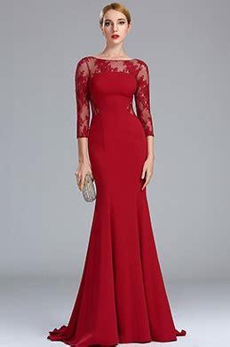 rotes langes kleid mit schlitz