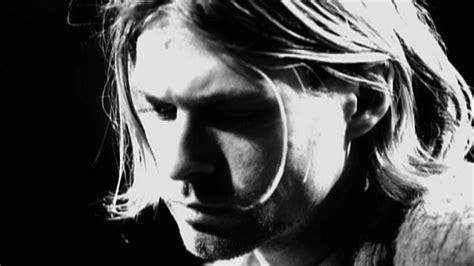 kurt cobain death biography frances bean cobain visual artist biography com