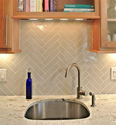 Herringbone Kitchen Backsplash Herringbone Backsplash Via Interiorcanvas Kitchen Tiles For Bathrooms
