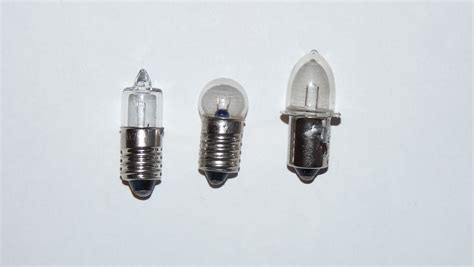 led flash light bulbs file lightbulbs for flashlight jpg wikimedia commons
