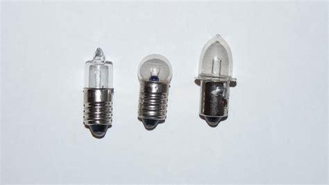 led light bulbs for flashlights file lightbulbs for flashlight jpg wikimedia commons