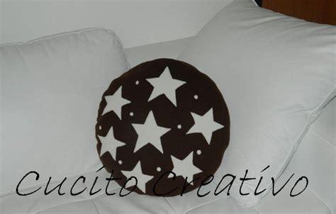 cuscini a forma di biscotto cuscino a forma di biscotto per la casa e per te