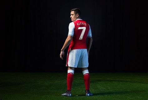 Alexis Sanchez Stats 17 18 | arsenal unveil new home kit for the 2016 17 caign as