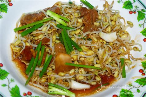 thai food in thailand thai food yummy thailand image 26179659 fanpop